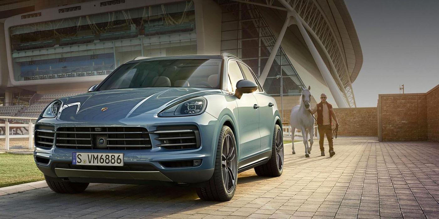 Porsche назвал российские цены новый Cayenne