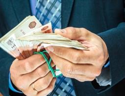 Долг до 100 тысяч рублей теперь можно требовать через работодателя должника