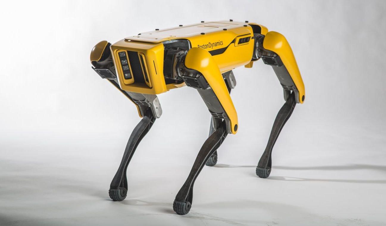 #видео дня | Робот SpotMini компании Boston Dynamics научился новым трюкам