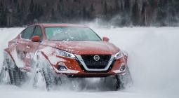 Nissan перевел седан Altima на гусеничную тягу