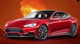 #видео   В Москве произошел взрыв автомобиля Tesla
