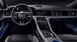 Porsche полностью рассекретила интерьер первого электрокара