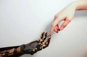 Новая электронная кожа позволит управлять реальными и виртуальными объектами