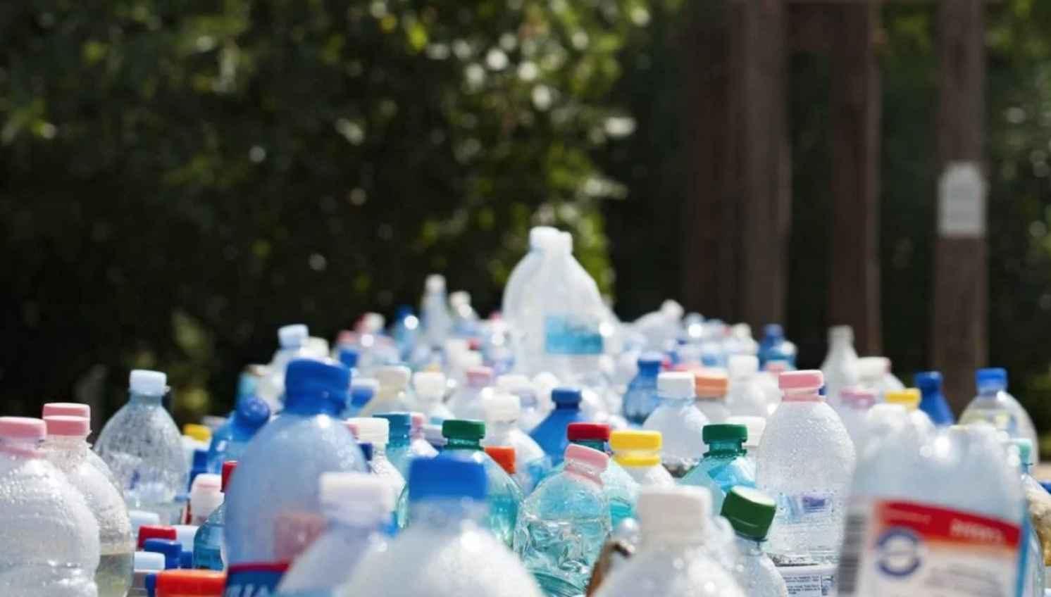 Найден простой способ превращать пластиковые отходы в топливо
