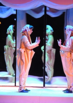 Волшебное зазеркалье | Екатеринбургский театр кукол