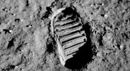 Лунная пыль может быть источником кислорода