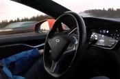Tesla удаленно отключила автопилот на Model S после перепродажи автомобиля
