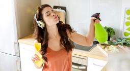 Двух зайцев: как похудеть, убирая квартиру