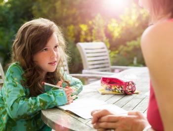 Нужно ли изучать иностранный язык детям до 5 лет
