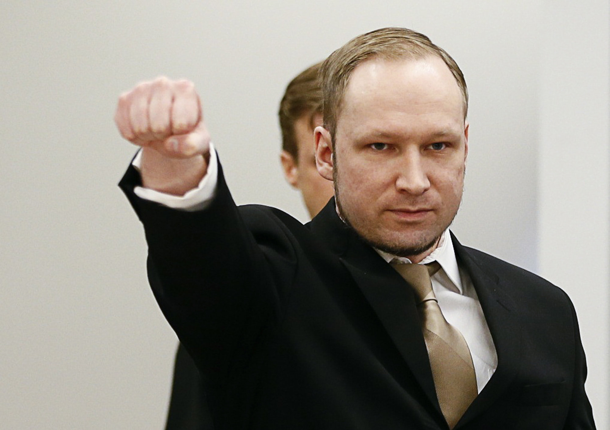 Суд Осло: Беринг Брейвик отбывает наказание в нечеловеческих условиях