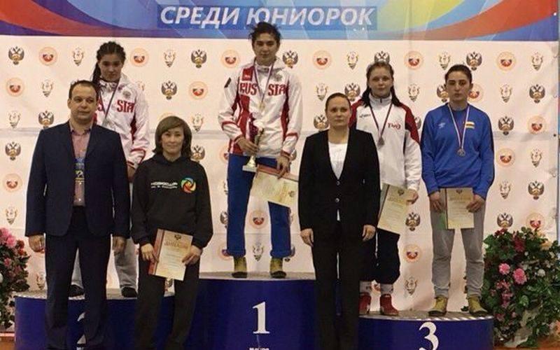 Брянская спортсменка взяла бронзу напервенстве России поборьбе