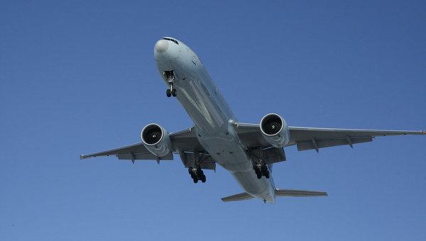 В Китае аварийно сел Boeing с 248 пассажирами из-за проблем с двигателем
