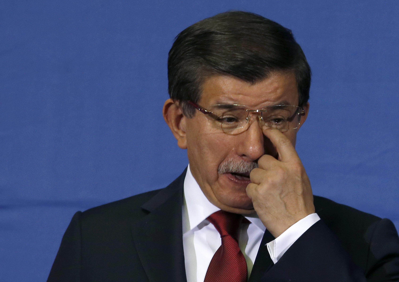 Премьер Турции Давутоглу объявил об уходе в отставку