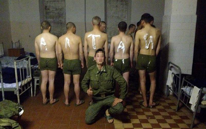 В соцсети появилась информация обиздевательствах надсолдатами вкарачевской воинской части