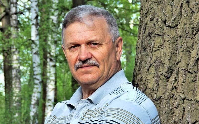 Поэт Юрий Кравцов встретится сбрянскими поклонниками