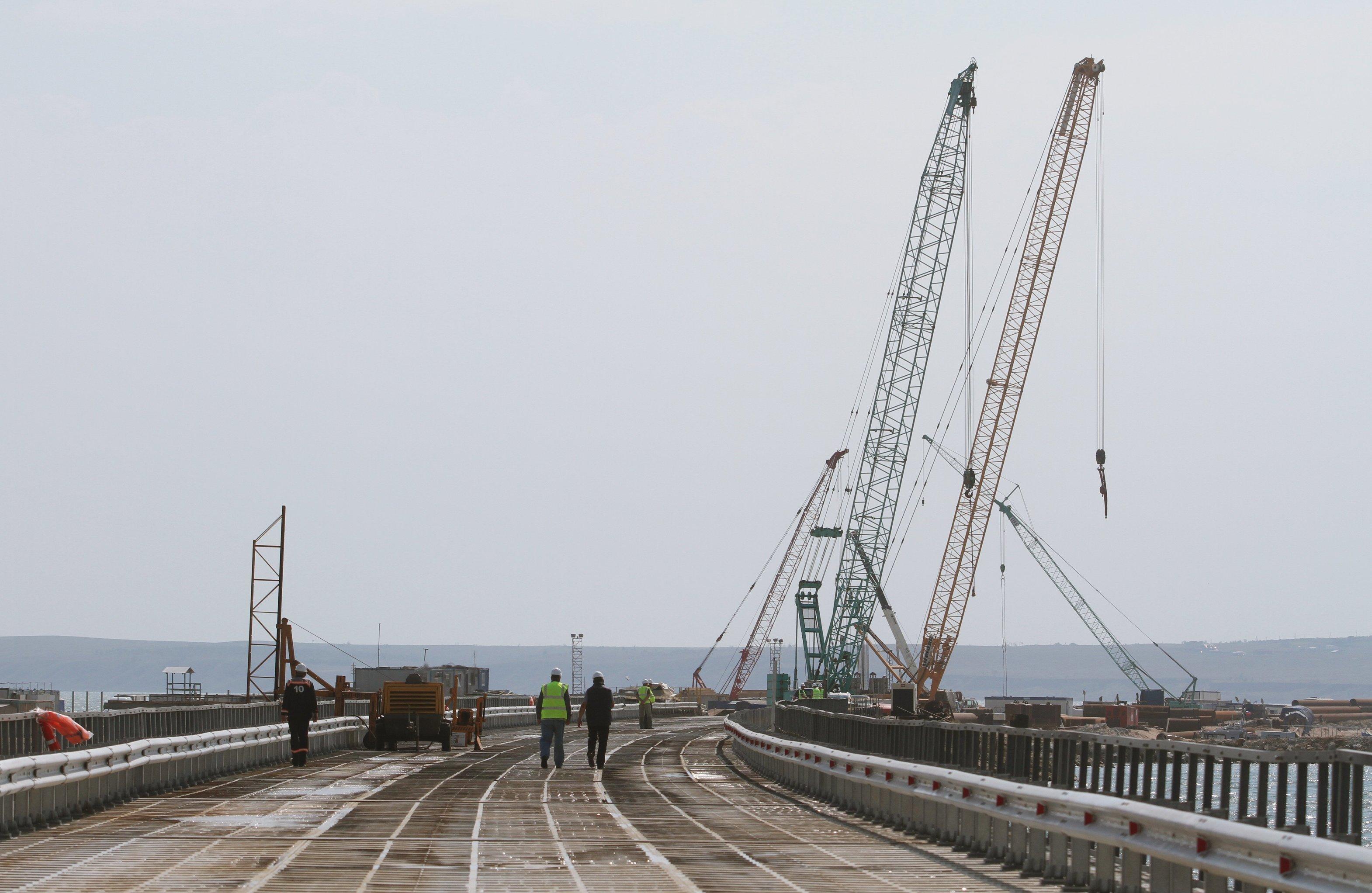 Как остановить строительство Керченского моста: три козыря в руках Украины