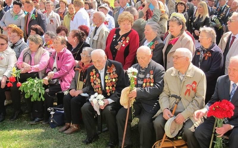 В преддверии годовщины Победы набрянской стоянке Виноградова чествовали ветеранов