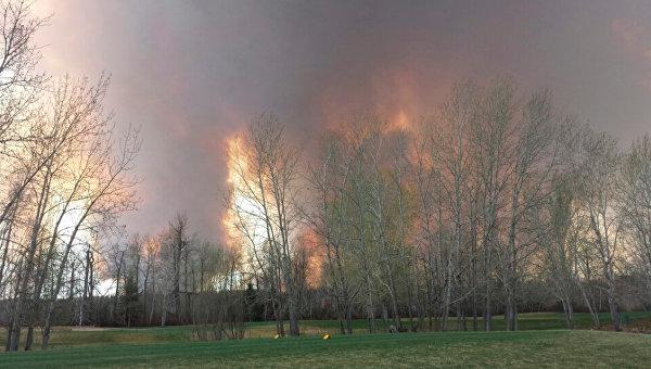 В Канаде одна провинция отказалась помогать другой в борьбе с пожарами