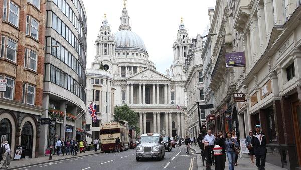Новый мэр Лондона принес присягу на службе в лондонском соборе