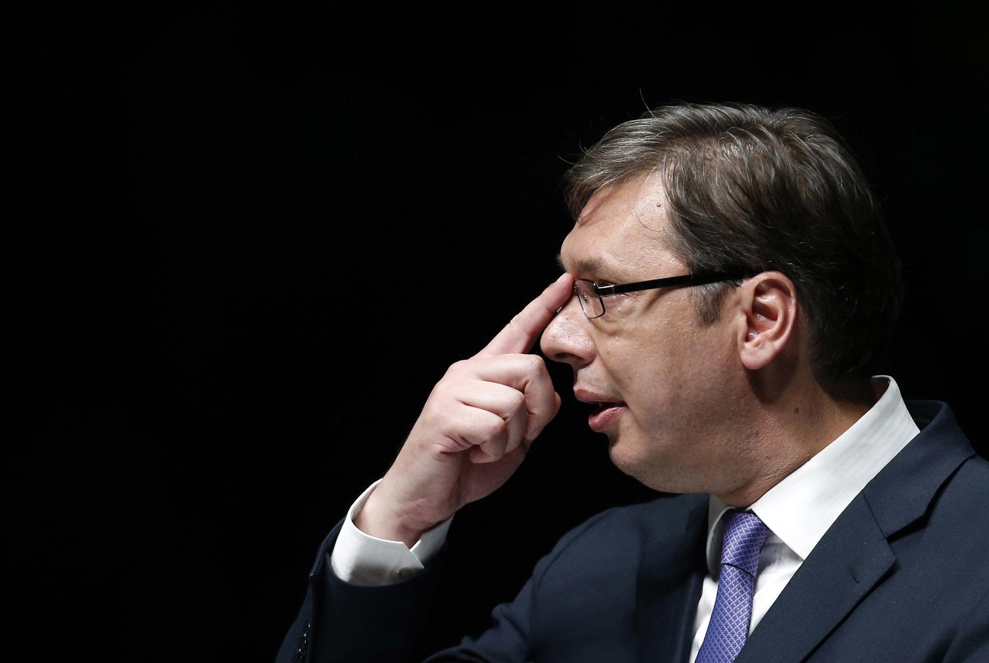 Сербия разрывается между Россией и ЕС