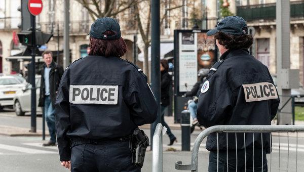 Во Франции задержали женщину, принесшую кокаин для оценки качества