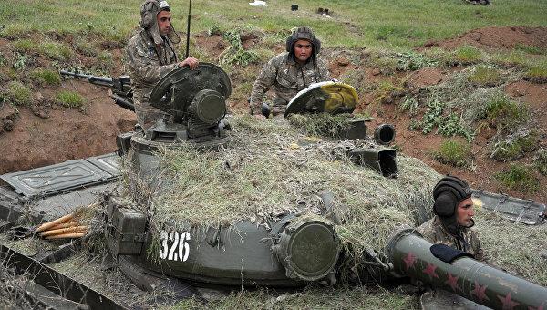 Степанакерт и Ереван вновь обвинили ВС Азербайджана в артобстрелах