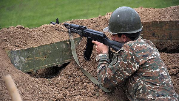 Баку заявил о 110 нарушениях перемирия в Карабахе Арменией за сутки