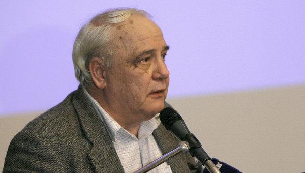 Буковский объявил голодовку, требует скорее рассмотреть его дело