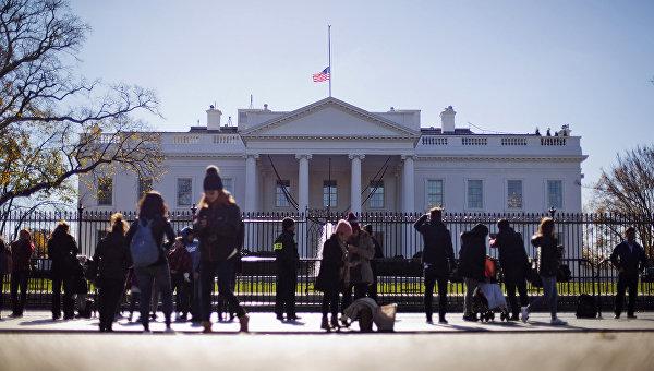 Белый дом: санкции против РФ будут сняты при выполнении минских соглашений
