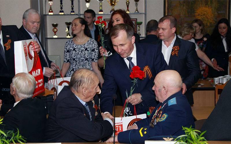 Впреддверии Дня Победы вБрянске прошел праздничный прием ветеранов