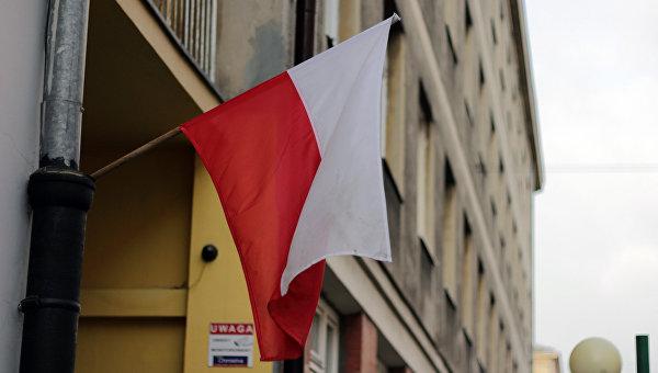 Оппозиция Польши: предложение об изменении конституции угрожает демократии