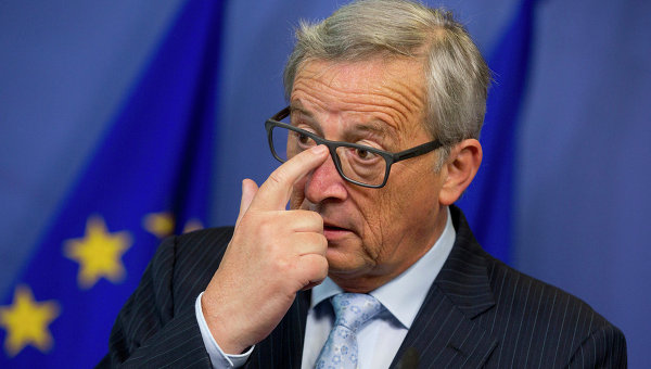 Юнкер: Европа стоит перед
