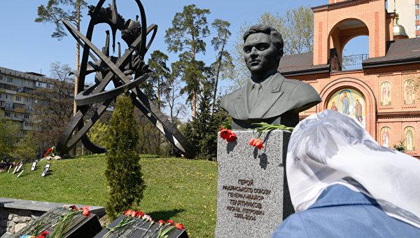 На Украине представители УПЦ и госввласти почли память чернобыльцев