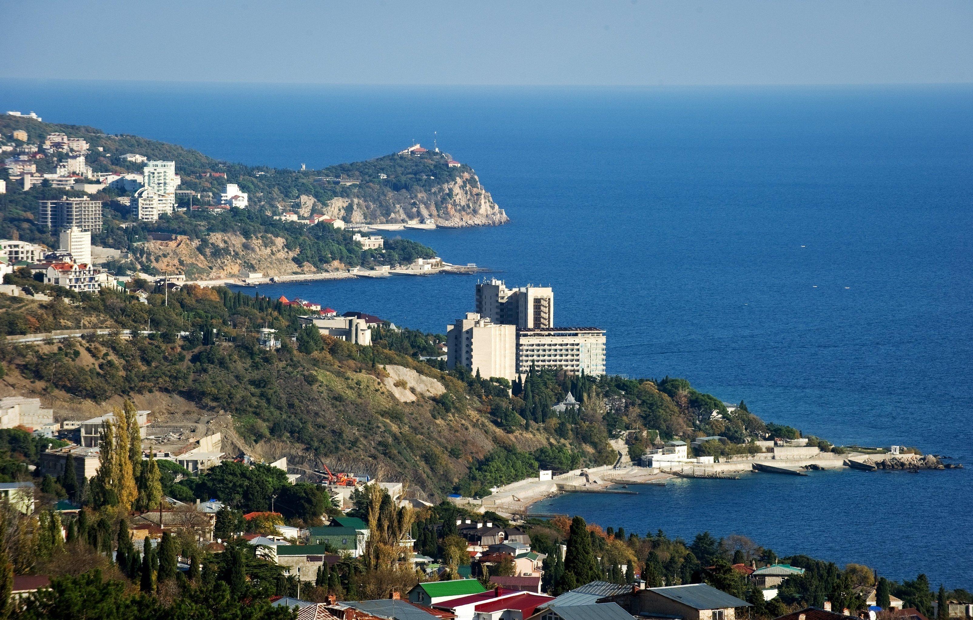 Крым бросает якорь в России