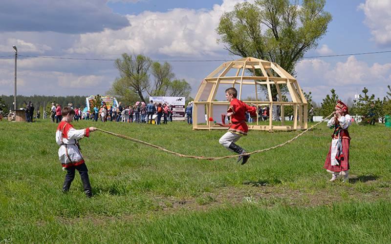ВНавлинском районе фестиваль этнической культуры посетили три тысячи человек