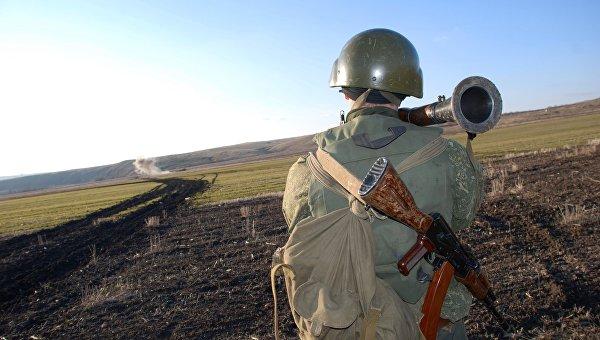 В ДНР сообщили об обнаружении 100 украинских танков у линии соприкосновения