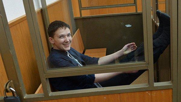 Порошенко заявил, что делает все для возвращения Савченко