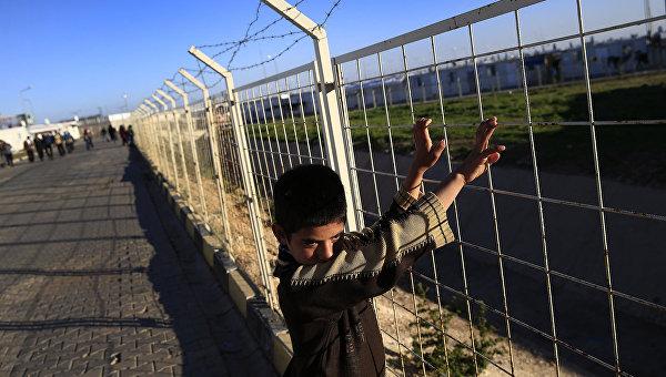 Тридцать детей Сирии стали жертвами насилия в лагере для беженцев в Турции