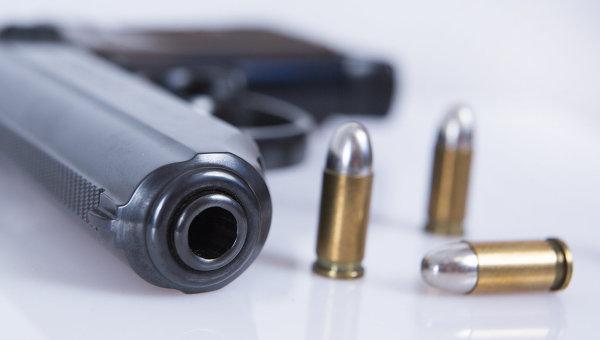 Пистолет, из которого застрелили афроамериканца во Флориде, снят с аукциона