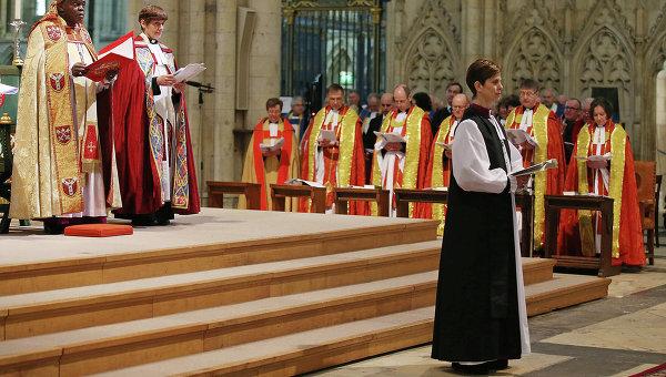 Церковь Англии намерена привлечь новых священников с помощью государства