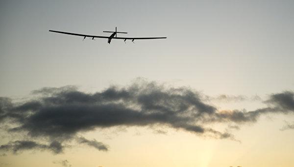 В Оклахоме приземлился самолет Solar Impulse 2 после 18 часов полета