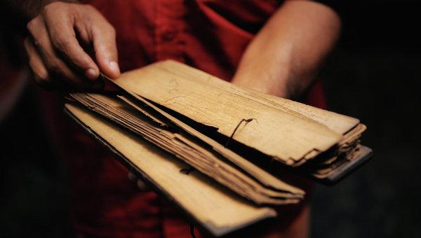 В храме в Бангладеш неизвестный зарубил буддийского монаха