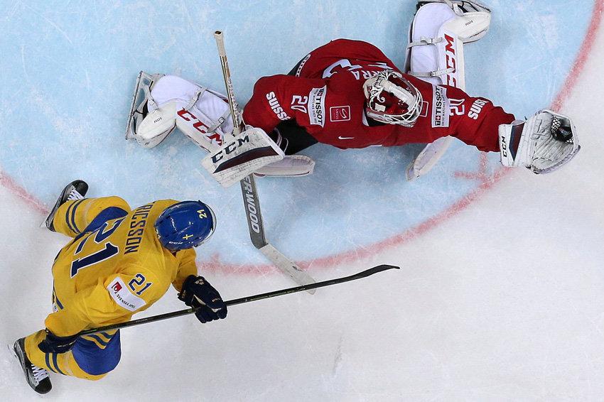 Швеция победила Швейцарию по буллитам на ЧМ по хоккею