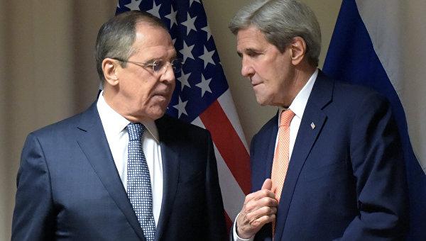 Глава МИД РФ Лавров и госсекретарь США Керри проводят встречу в Вене
