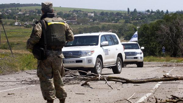 СММ ОБСЕ: обе стороны конфликта нарушают линию отвода вооружений в Донбассе
