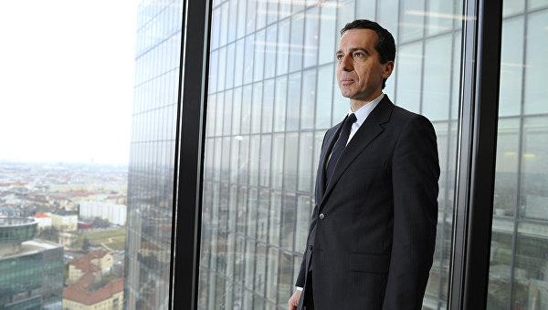 Новый канцлер Австрии принес официальную присягу президенту республики
