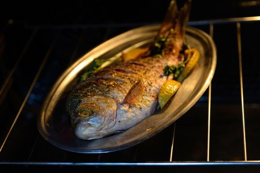 Названа рыба, которая чаще всего травмирует любителей морепродуктов