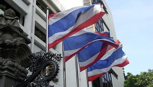 Преподаватель университета в Таиланде, убивший двух коллег, застрелился