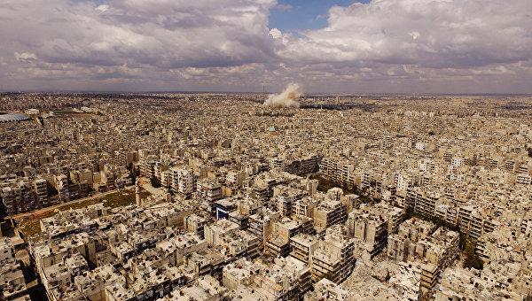 Ле Пен заявила, что нужно поддерживать диалог с Россией по Сирии