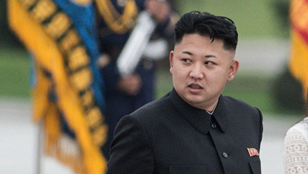 СМИ сообщили, что Ким Чен Ын бросил курить